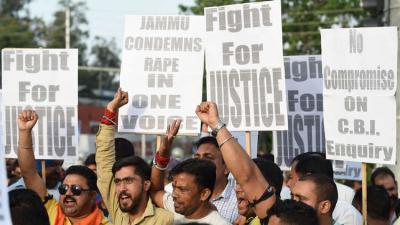 الإعدام لمغتصبي الفتيات تحت سن 12 عاما في الهند