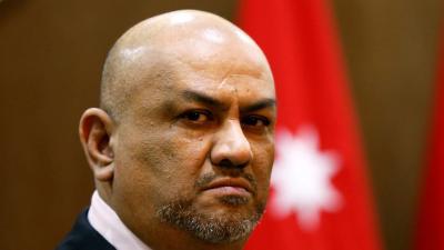 """- قدم وزير الخارجية اليمني في الحكومة الشرعية خالد اليماني، استقالته من منصبه، الاثنين ، بحسب مراسل قناة """"العربية"""" في نيويورك ."""